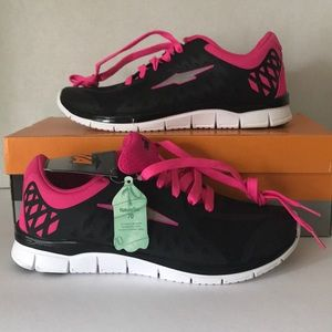 Avia Pink and Black Running Sneakers